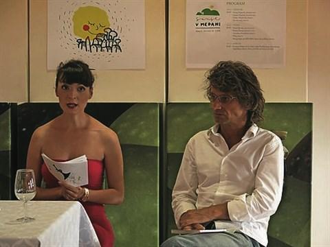 Na vsebinsko bogat program, katerega dogodki se bodo medsebojno prepletali, je opozorila umetniška vodja festivala Sanje Tjaša Koprivec (levo)