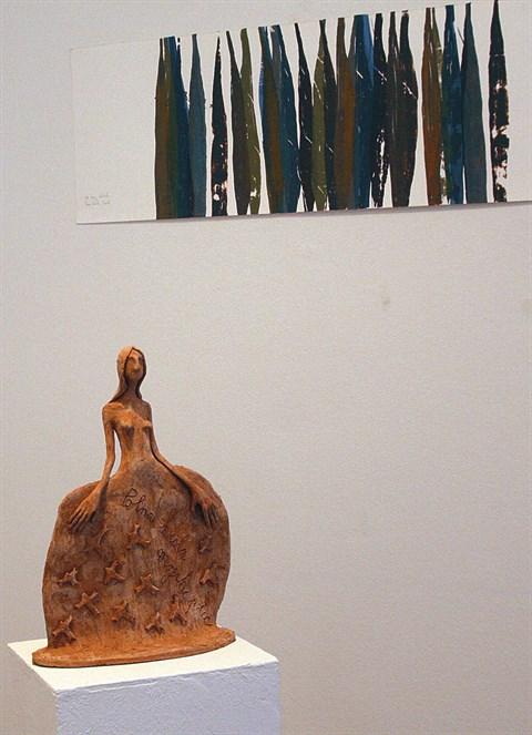 Razstava v galeriji ZDSLU, delo Tee Curk Sorta