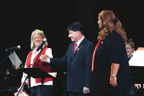 Tržaški partizanski pevski zbor je pod vodstvom PIe Cah tokrat predstavil tudi nov program, v katerem so se izkazali  solisti