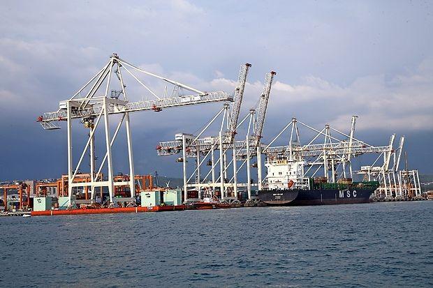 Glede na stalno rast pretovora, ki jo beleži v zadnjih osmih  letih, lahko Luka Koper v kratkem doseže pretovor čez milijon  TEU in se tako postavi ob bok večjim evropskim pristaniščem.