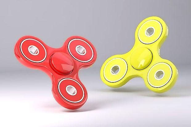 Prstna vrtavka fidget spinner je trenutno najbol želena igrača  po svetu in pri nas.