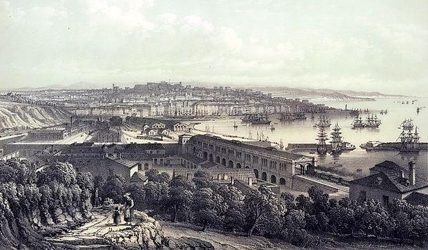 Zaključek proge JŽ v Trstu leta 1857. Na sliki je lepo vidna galerija za vlak, ki so jo zgradili zaradi neposredne  bližine lazareta z bolniki v karanteni, da bi potnike zaščitili pred okužbami z nalezljivimi boleznimi.