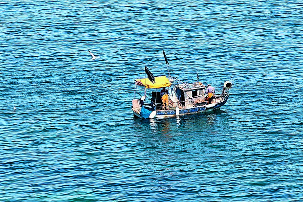 Uveljavitev zgodovinskih pravic ribičev je neposredno povezana z arbitražno odločbo.
