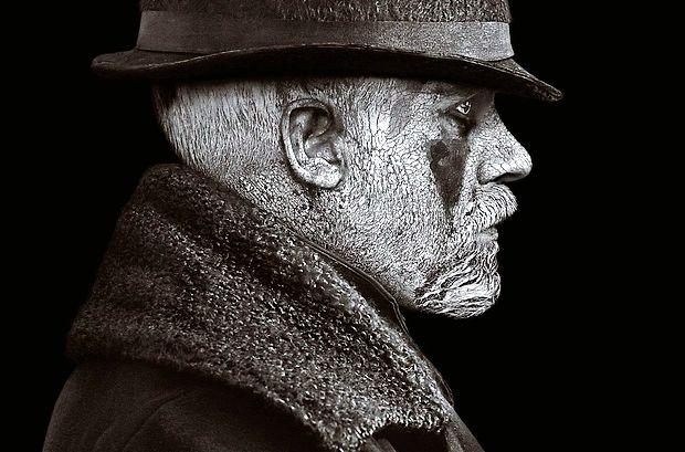 Tom Hardy kot James Keziah Delaney