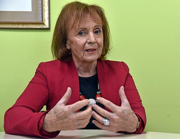 Dr. Borka Džonova Jerman Blažič,  pionirka jugoslovanskega  in slovenskega interneta,
