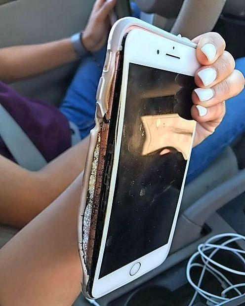V Applovi trgovini so Američanki dejali, da je s telefonom vse  v redu, naslednji dan pa je eksplodiral.