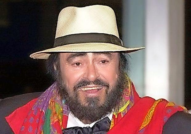 Ameriški filmar Ron Howard bo posnel avtoriziran dokumentarec o mednarodno priznanem italijanskem opernem  pevcu Lucianu Pavarottiju.