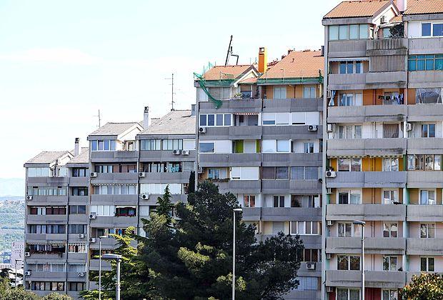 V Združenju etažnih lastnikov v zakonu želijo rešitve, ki bodo  omogočile nadzor nad delom upravnikov, da bi bilo upravljanje večstanovanjskih stavb bolj pregledno in učinkovito.