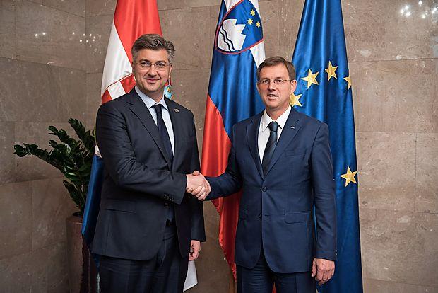 Miro Cerar s hrvaškim kolegom Andrejem Plenkovićem