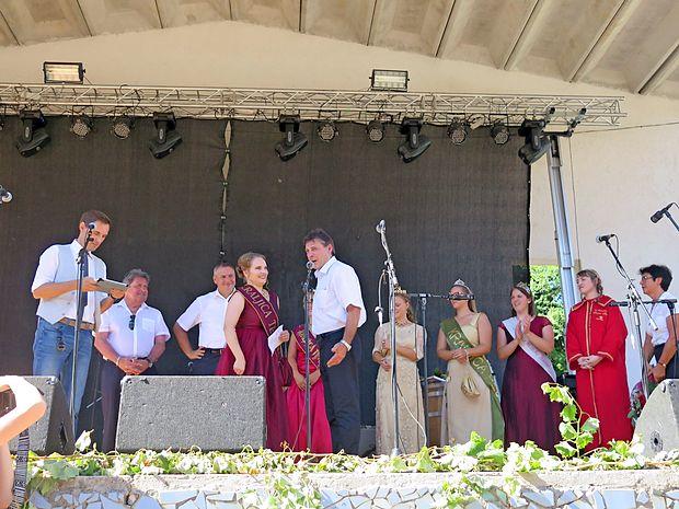 Tako je Tinkara Gulič tudi uradno postala kraljica terana.  Naziv je prejela za dve leti.
