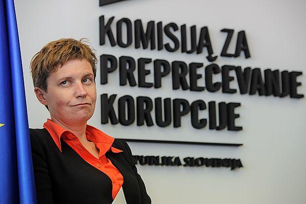 Alma Sedlar je  nepreklicno odstopila z mesta namestnice  predsednika Komisije za preprečevanje korupcije.