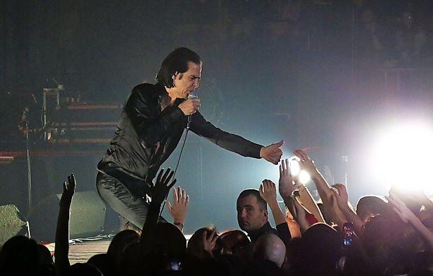 Nick Cave v Hali Tivoli novembra leta 2013.
