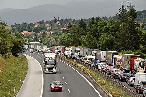 Na primorski avtocesti se tudi v prihodnje obeta gneča.
