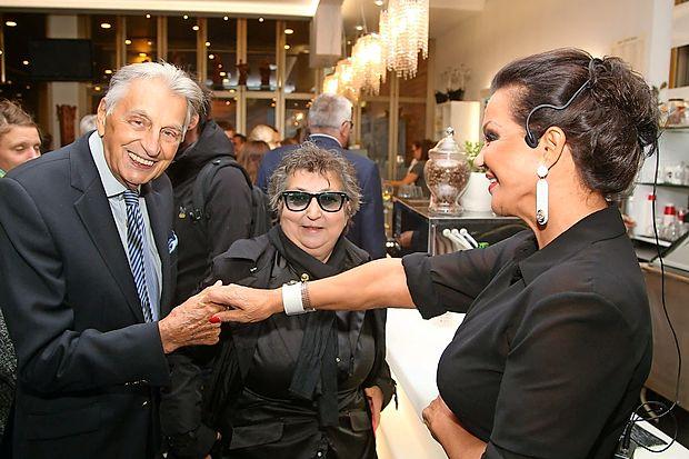 Demeter Bitenc, Dragica Petrovič in Miša Molk.