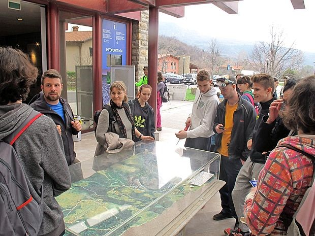 V Boljuncu so ta vikend znova odprli sprejemni center  soteske.