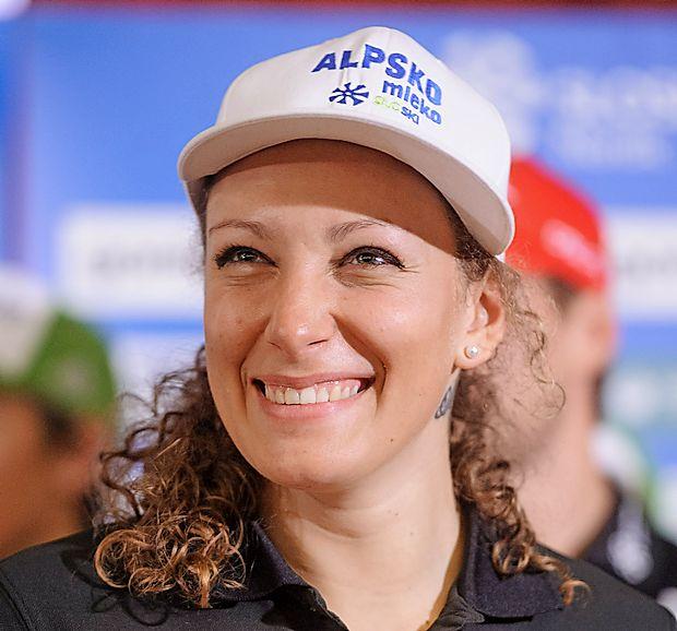 Ilka Štuhec je sezono končala na drugem mestu v skupni  razvrstitvi svetovnega pokala alpskih smučark ter temu  dosežku dodala še mala kristalna globusa.