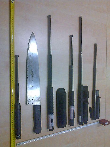 Zaseženi predmeti na meji.