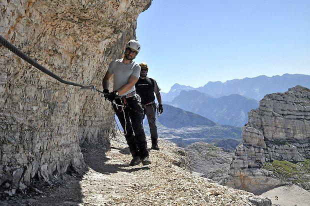 Hoja na višini 2391 metrov visoko traja okoli dve uri.