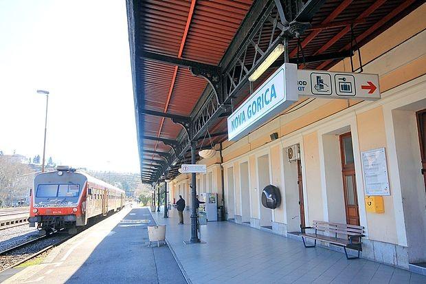 Mladenič iz Zagraja je pred dobrima dvema tednoma umrl na  novogoriški železniški postaji. Natančnejši vzrok smrti še ni  znan.