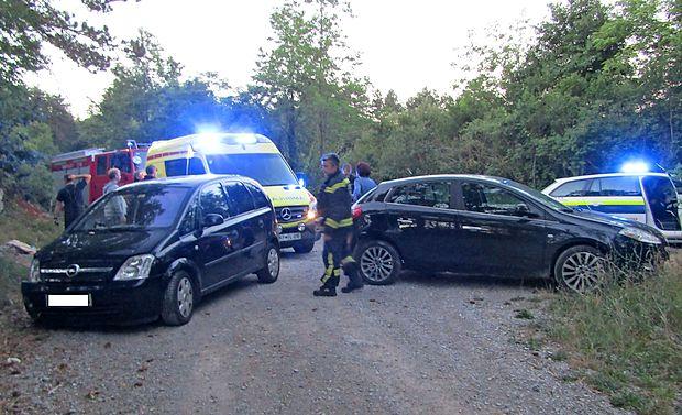 Vesela Kraševca sta si s popivanjem in vožnjo pokvarila  nedeljsko jutro.