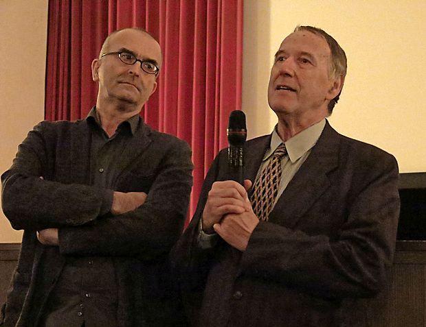 Sodelovanja z Babičem pri  filmu Pogreb se je v Hrpeljah  spominjal  scenarist Vladimir Frantar (desno), režiserjev filmski opus pa je preletel Aleš Doktorič iz goriškega Kinoateljeja.