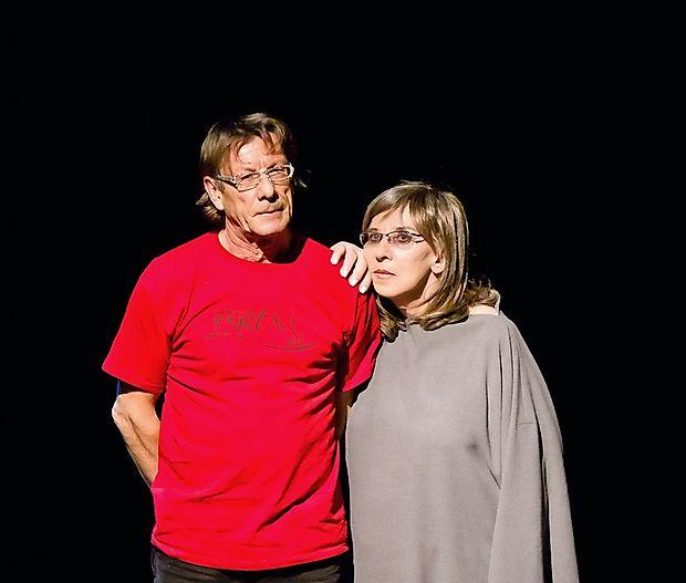 V petek bosta   Zlatko Kaučič in Svetlana Makarovič uprizorila   predstavo Horror mundi (Groza sveta).