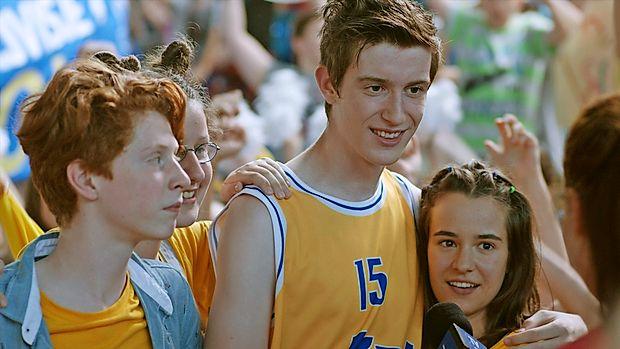 Za vesne se poteguje tudi mladinski film Košarkar naj bo, ki  ga je po knjižni uspešnici Primoža Suhadolčana posnel Boris  Petkovič.