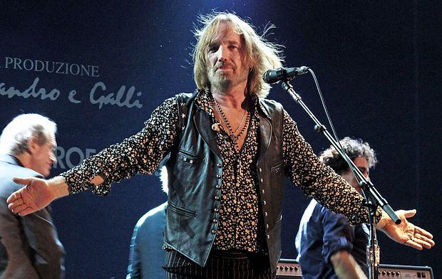 Tom Petty se je od oboževalcev pred petimi leti takole poslovil na koncertu v toskanskem mestu Lucca.