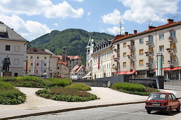 """Idrija se je med primorskimi občinami uvrstila na prvo mesto  """"naj občin""""."""