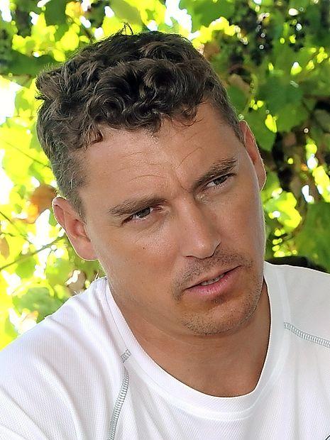 8) Avgust: Vasilij Žbogar, jadralec, ki je v Riu de Janeiru  osvojil tretjo olimpijsko medaljo