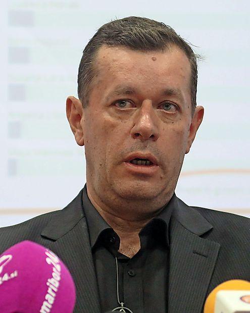 Andrej Šiško kot edini od predsedniških kandidatov ni razkril  ničesar o svojem premoženjskem stanju.