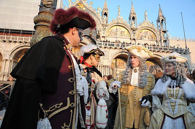 Edinstvene podobe beneškega karnevala že leta vabijo ljudi  od vsepovsod.