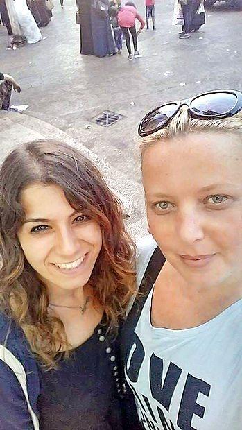Koprčanka Selma Šertović (desno) s prijateljico Busro  iz Turčije