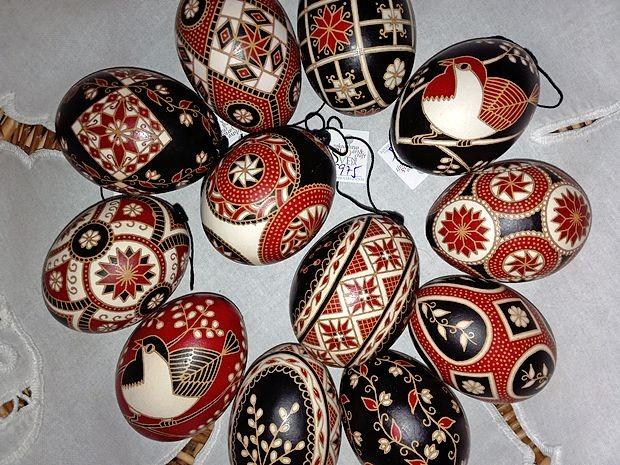 Slovenski pirhi spadajo v sam vrh krasilne umetnosti v Evropi,  je prepričana Majda Mateta.