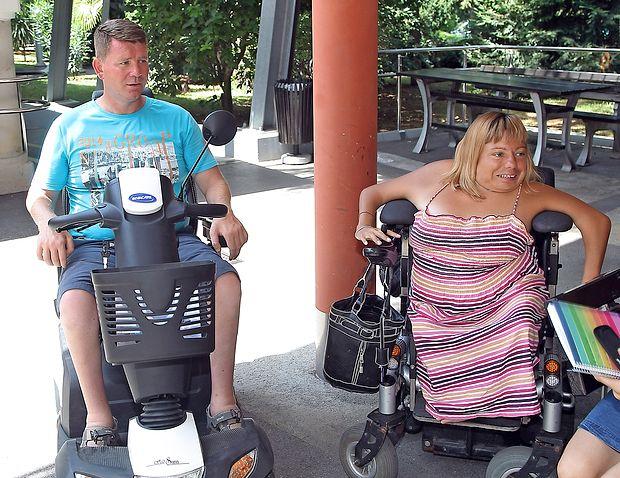 Dragan Kosorič in Marja Koren že vrsto let prihajata na  obnovitveno rehabilitacijo v dom Dva topola v Izoli.  zdravko primožič/fpa