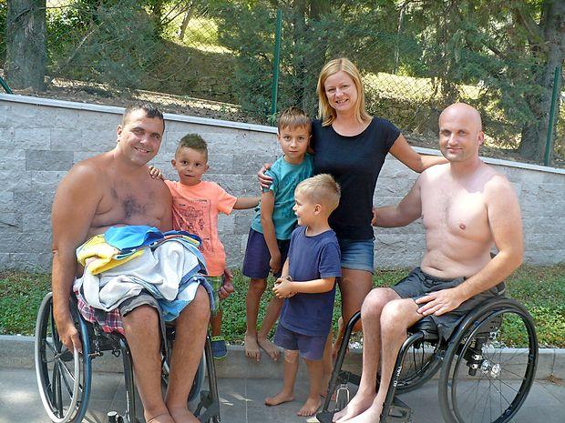 V Domu paraplegikov v Pacugu letujejo  tudi  družine z otroki.  Najmlajši imajo veliko prostora za tekanje naokoli.  nataša čepar