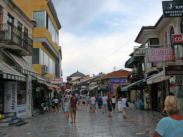 Urejeno središče Ohrida privlači turiste iz vsega sveta.