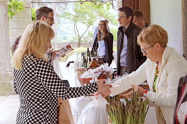 Vipavska tržnica je ponujala bogastvo  lokalnih pridelkov in  izdelkov.