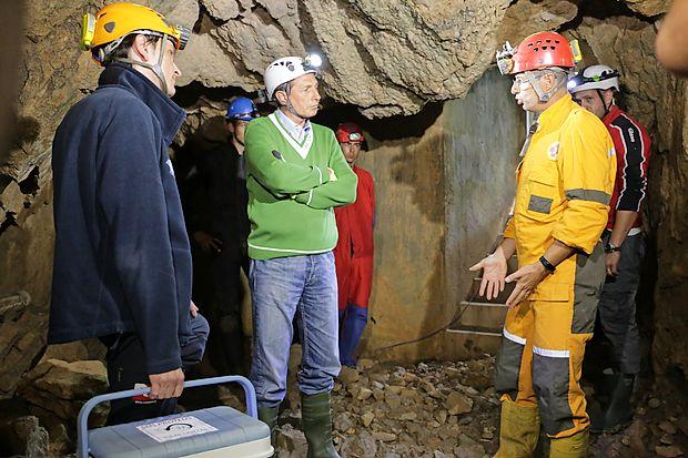 Ob podpori Boruta Pahorja niso poznavalci opozorili le na problem naplavljenih močerilov, ampak na dosti več.