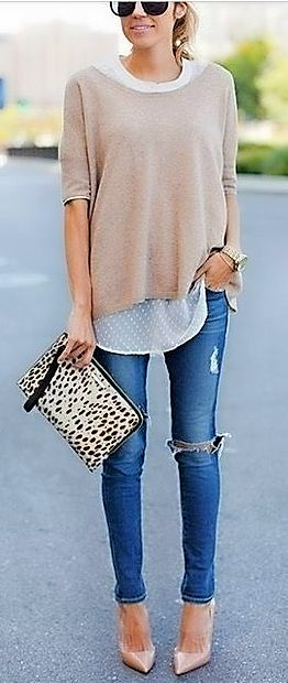 Tudi v ohlapnem puloverju smo lahko videti elegantne.