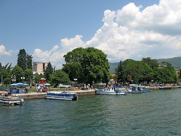 Ohridska riva spominja na Ženevo in Konstanco.