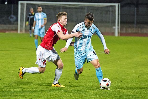 Rifet Kapić (z žogo) se za dvoboj z Aluminijem vrača v  novogoriško zasedbo.