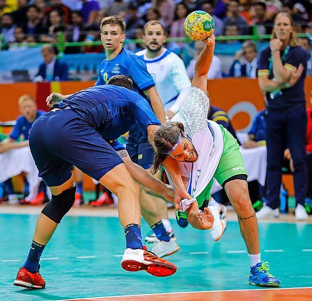 Rokometna zveza Slovenije je prepričana, da je moška  članska reprezentanca s 6. mestom na letošnjih poletnih  olimpijskih igrah v Riu zabeležila nov mejnik v zgodovini  slovenskega rokometa.