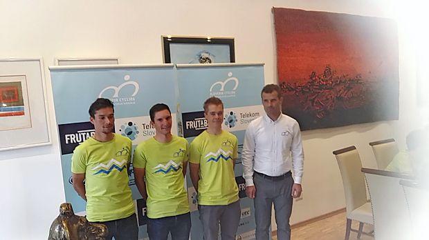 V izbrani vrsti slovenskega selektorja Andreja Hauptmana  (desno) bodo pomembni aduti tudi Primož Roglič, Jan Polanc  in Jan Tratnik (z leve).