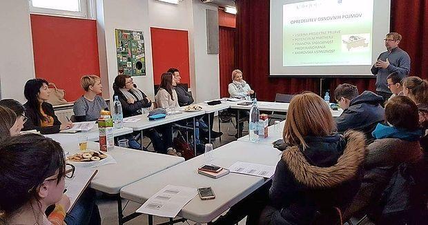 Z usposabljanji mentorjev nevladnih organizacij, ki so jih že in  jih še bodo izvedli, bodo izbrana društva in zavodi okrepila  svoje delovanje v  Primorsko-notranjski regiji.