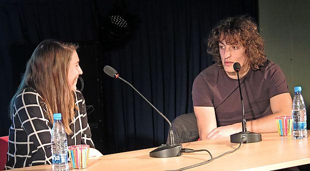Žan Papič se je pogovarjal z Evelin Bizjak o različnih vlogah,  ki jih igra v življenju.