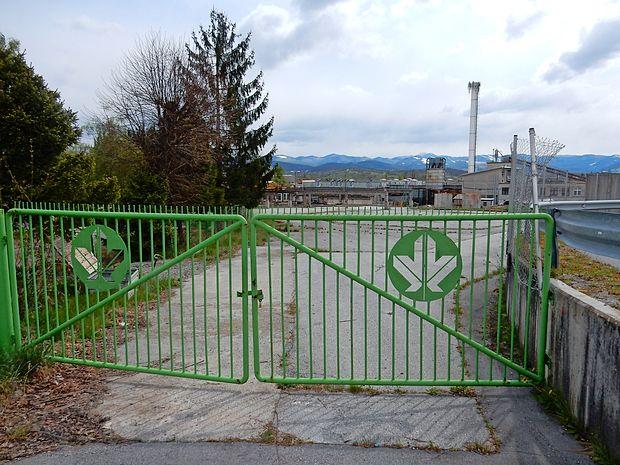 V podjetju Javor, Lamelirani program so zaprli še ena vrata. Tožba proti nekdanjem delavcem  je umaknjena.