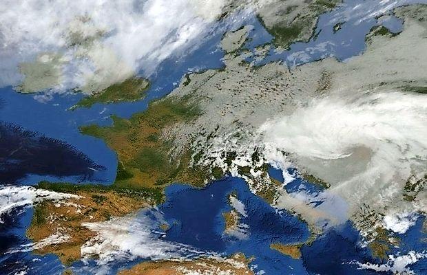 Večji del Evrope je zajel za ta čas mrzel severni zrak.