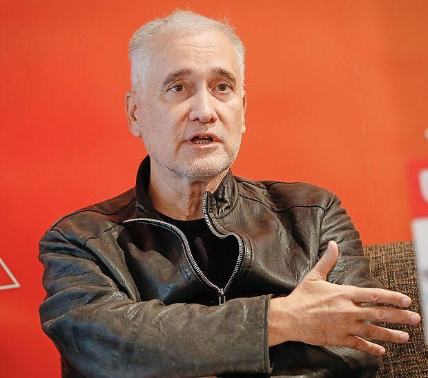 """Prof. dr. Zvezdan Pirtošek: """"Skupaj je kar polovica  sodelujočih  dosegla nižje ocene kognitivnih  sposobnosti od mejnih norm za zdravo  populacijo."""""""
