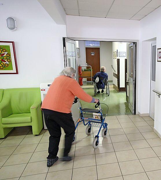 Napredovanje demence je mogoče upočasniti, a le, če jo  dovolj zgodaj odkrijejo in začnejo zdraviti.
